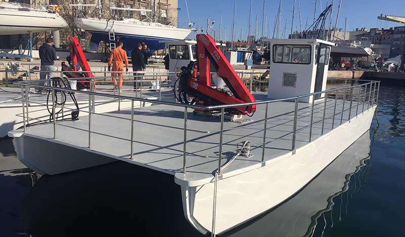 catamarano 10 barche da pesca