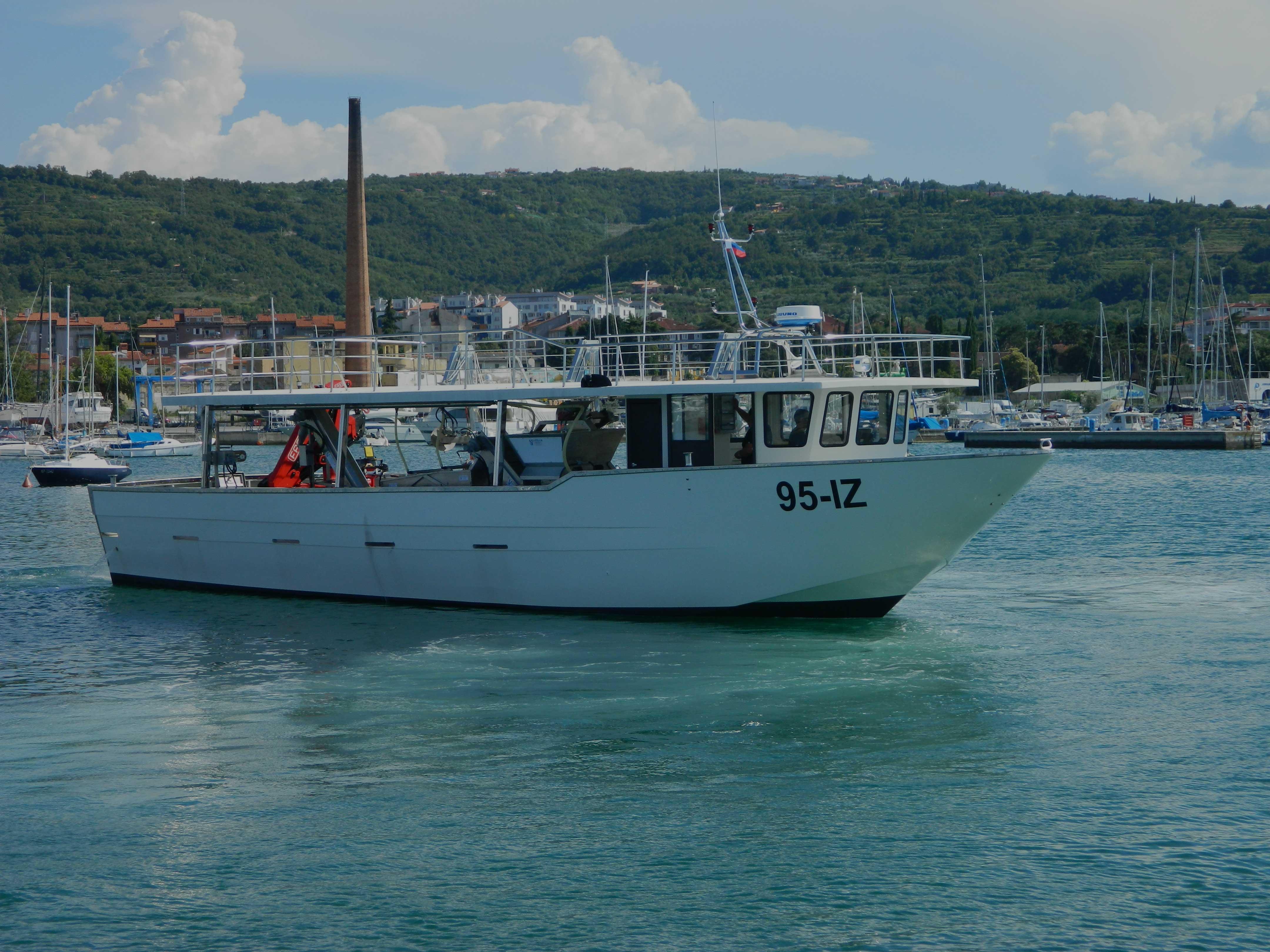 barca per-mitili-fm-58