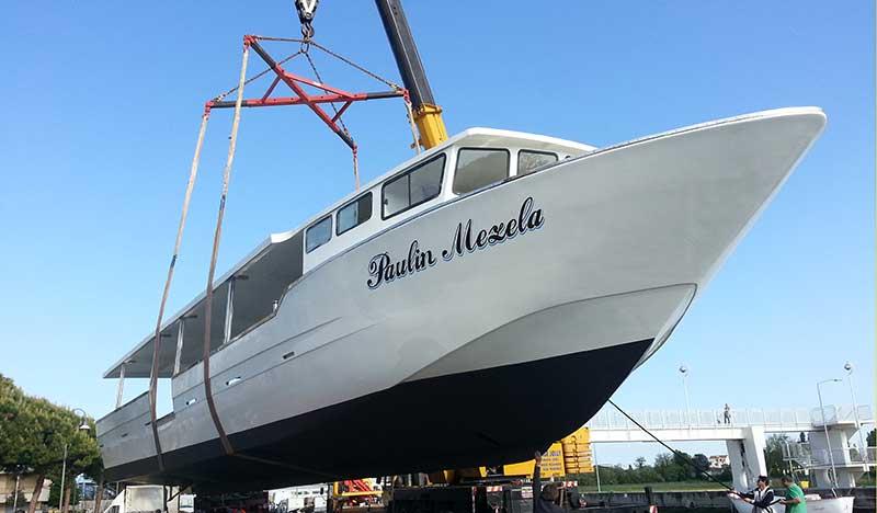 paulin mezela , barca raccolta molluschi, miticoltura, cozze